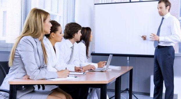 La formation en présentiel : Pourquoi est-elle encore nécessaire ?